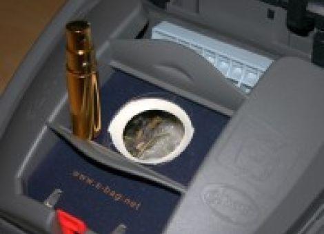 Angenehmer Duft - Staubsauger mit Parfüm