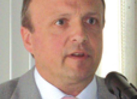 ZBH erzielt 2008 stattlichen Gewinn