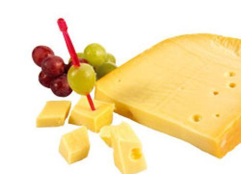 Leckere Trauben-Käse-Spieße