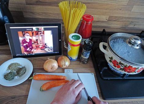 Digitaler Familien-Kochtreff