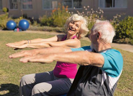 So können Senioren gefährliche Stürze vermeiden