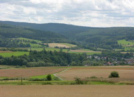 Brandoberndorf mit Feldberg im Hintergrund