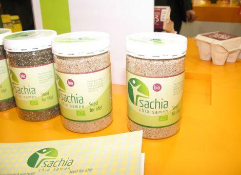 Die Neuheit Sachia Chia-Samen enthält viele Omega-3 Fettsäuren und kann sowohl kalt als auch erhitzt eingesetzt werden, zum Beipsiel im Müsli oder Brot.